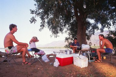 2 nights/ 3days - zambezi short canoe trail